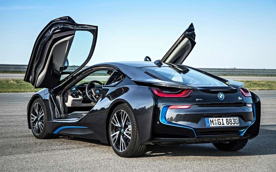 The melody of the BMW i8 picture #2