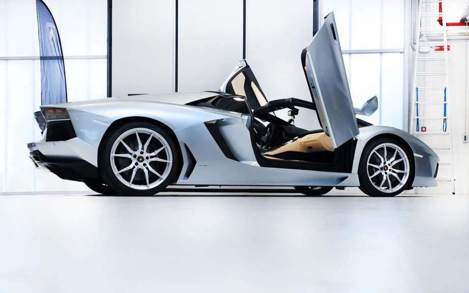Lamborghini Aventador LP 700-4 Roadster: already sold out picture #6
