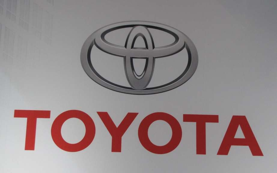 Toyota Canada recalls 157,000 Corolla, Matrix and Lexus IS picture #2