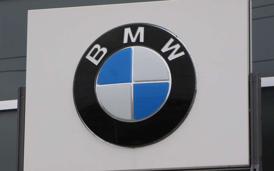 BMW Group Canada retains its status as leader in 2012 picture #1