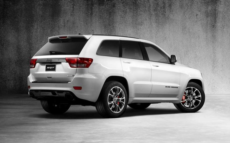 Jeep Grand Cherokee SRT8 Alpine Edition: South African version picture #2