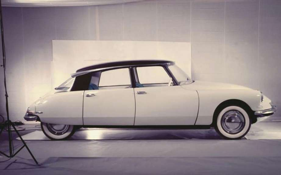Retromobile 2013: it pays tribute to the DS
