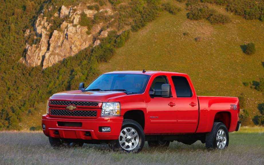 GM recalls 70,000 vehicles around the world