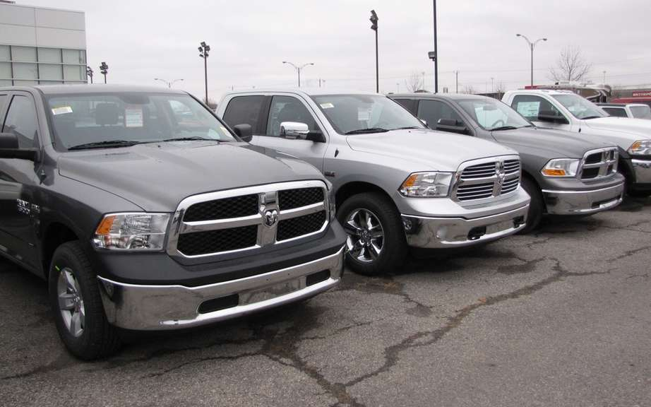 Chrysler sales rise 21 percent in 2012 in the United States
