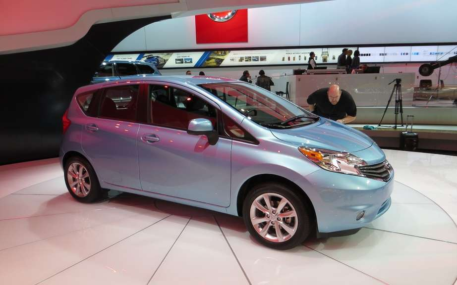 Nissan Note 2: the future Versa hatchback picture #5