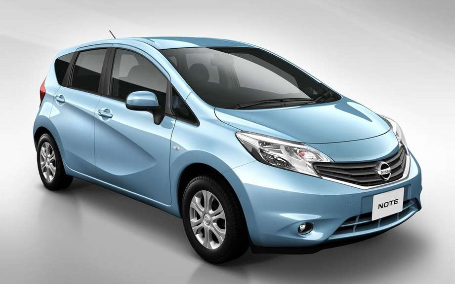 Nissan Note 2: the future Versa hatchback picture #7