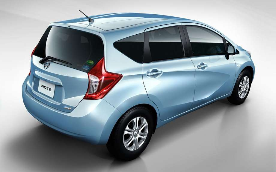 Nissan Note 2: the future Versa hatchback picture #8