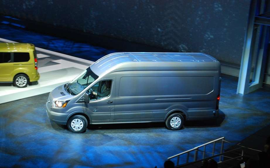 Ford Transit Connect Van Transit: new utilities for global generation picture #5