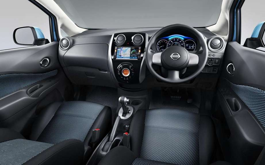 Nissan Note 2: the future Versa hatchback picture #10