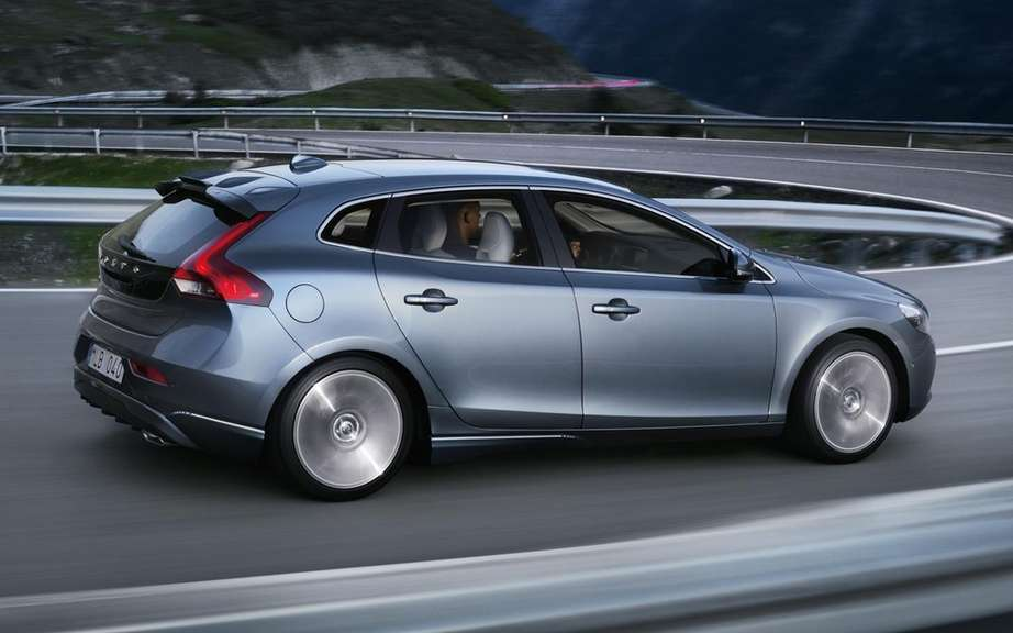 Volvo C30: Will it replaced by the V40? picture #2