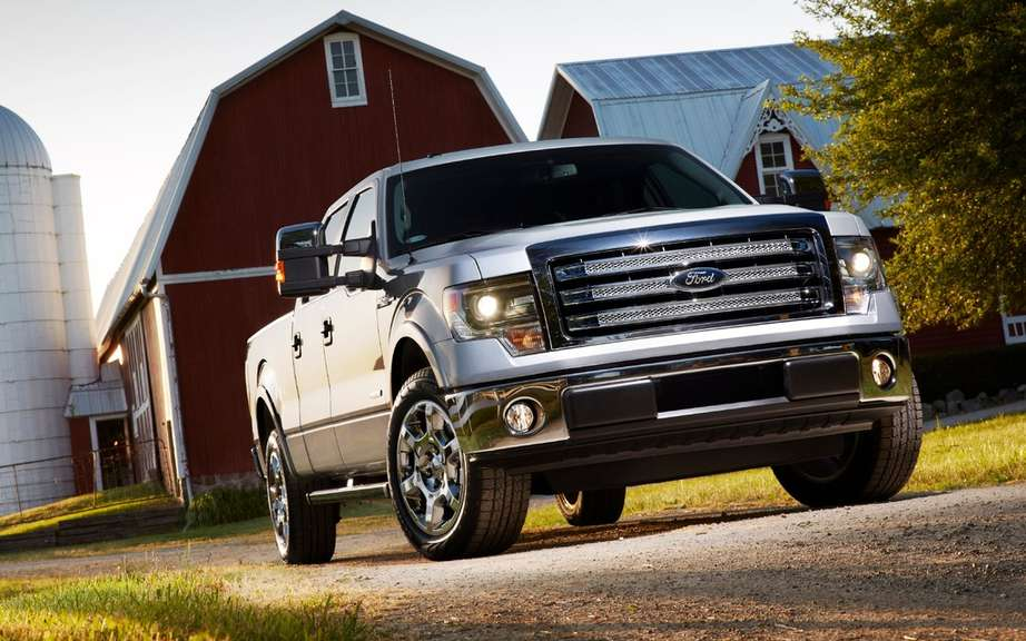 Ford F Series: more than 100,000 trucks sold in Canada in 2012