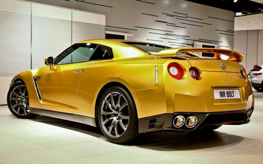 Nissan GT-R Bolt Gold Edition sold $ 192,000 picture #5