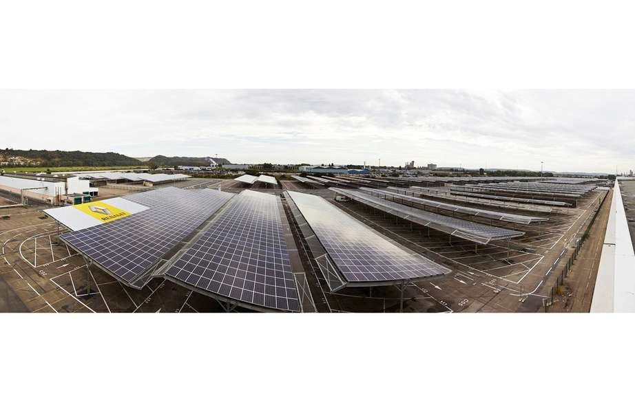 Renault launches the world's largest automobile photovoltaic device picture #2