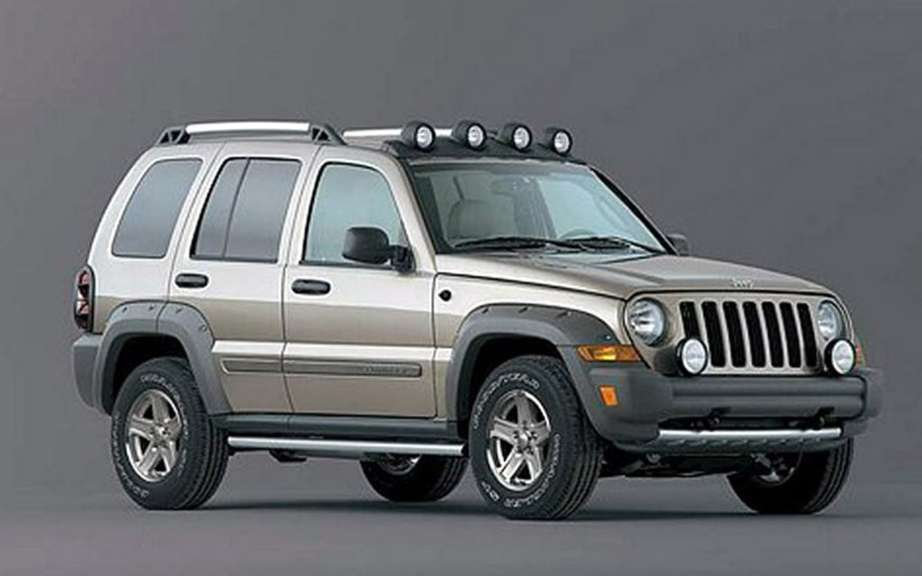 Chrysler recalls 919,000 vehicles Jeeps, including 49,000 sold in Canada picture #2