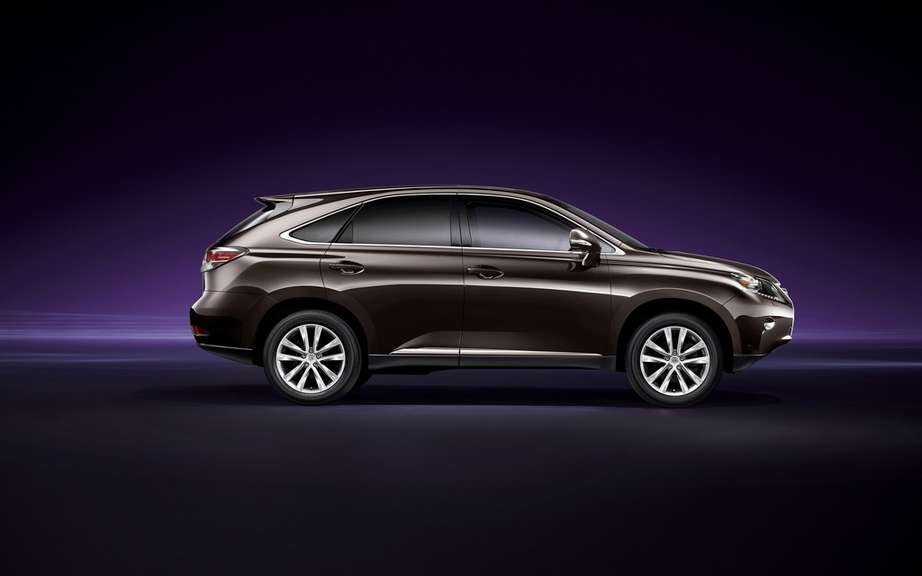 NX and NX 200t Lexus 300h reserves the North American market picture #1