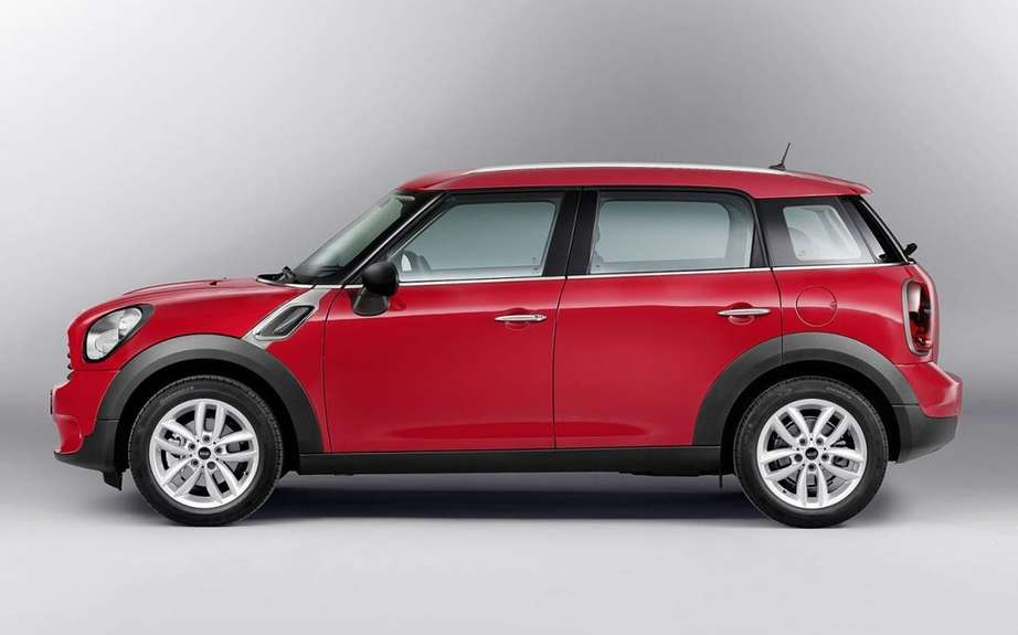 Mini Countryman 2013: 4 to 5 passengers picture #2
