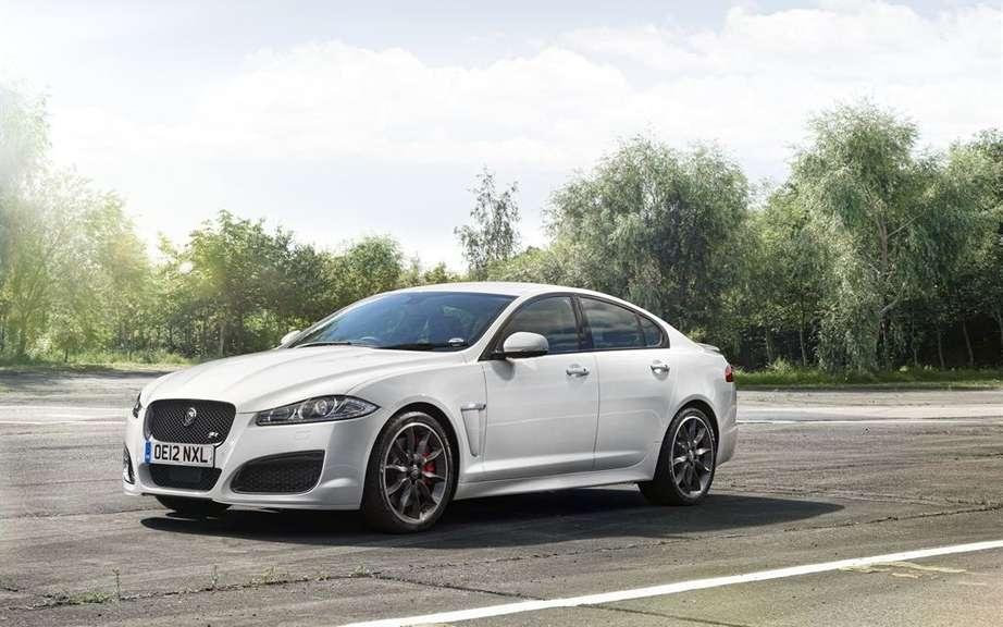 Jaguar XF: elue car of the decade