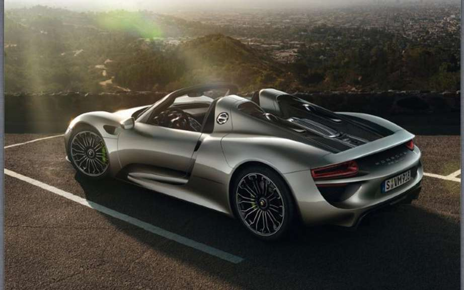 Porsche 918 Spyder: The brochure can be found on the Net picture #2