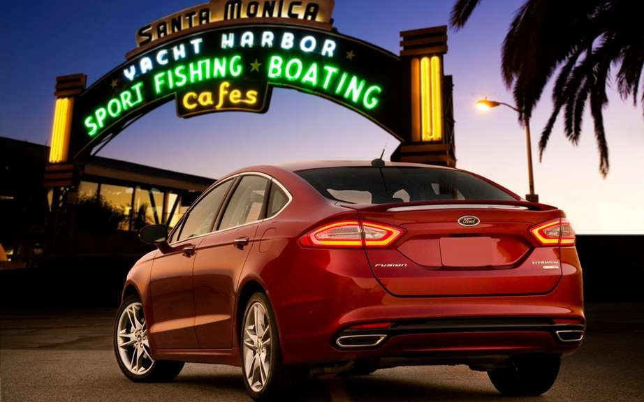 Ford Canada announces pricing for its 2013 Fusion models picture #2