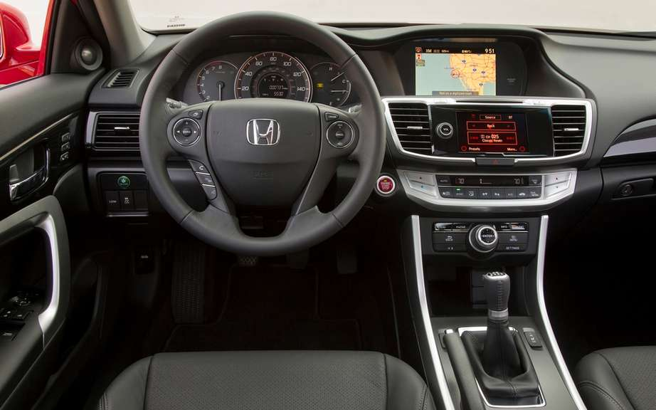 Honda Canada unveiled the price of its 2013 Accord models picture #6