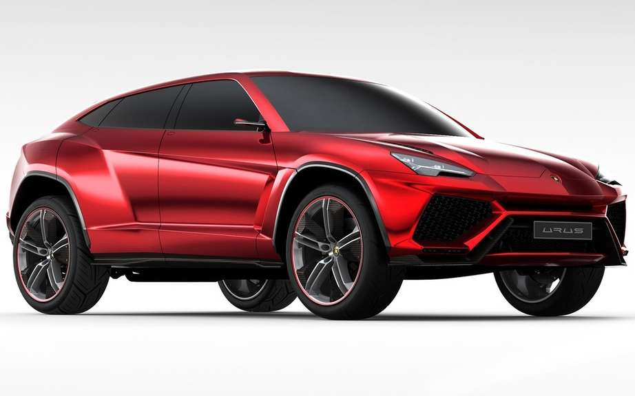 The Lamborghini Urus is built in Slovakia picture #6