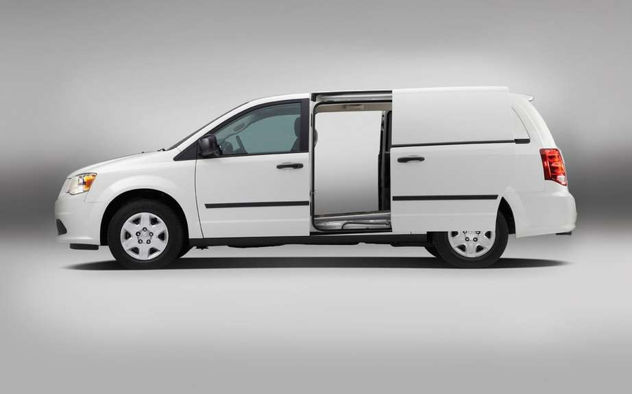 RAM presents its cargo van picture #4