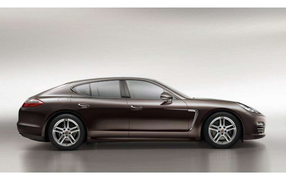 Porsche Panamera Platinum Edition: she is aptly named picture #3