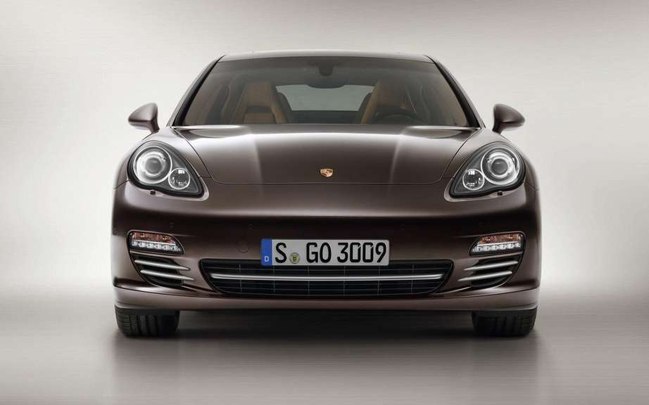 Porsche Panamera Platinum Edition: she is aptly named picture #4