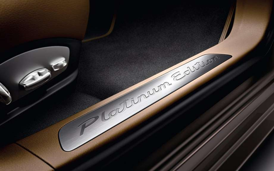 Porsche Panamera Platinum Edition: she is aptly named picture #5