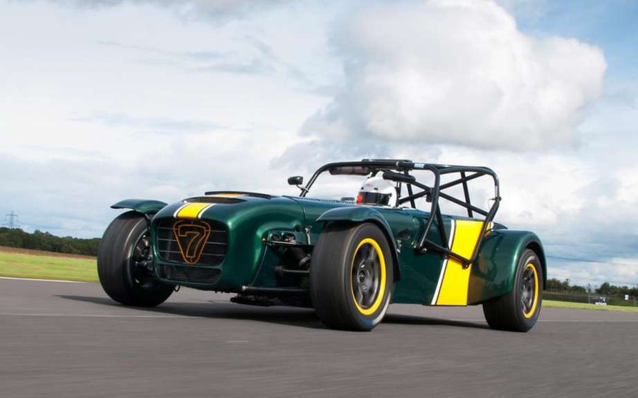 Caterham Superlight R600: ban hit the road