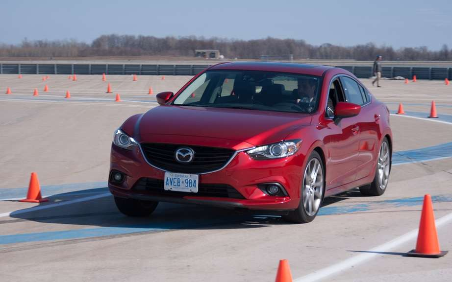 Mazda6 2014 we unveiled it's advanced safety technologies i-ACTIVSENSE '