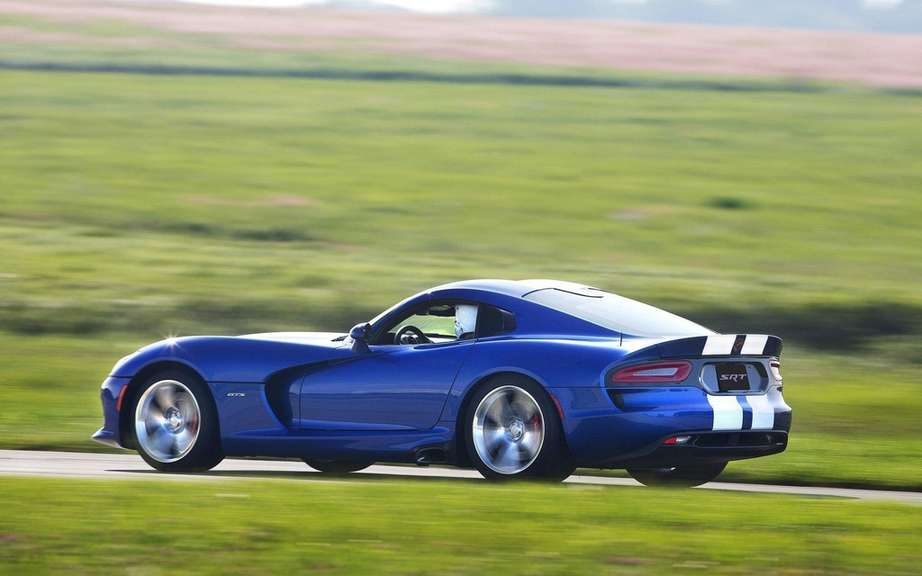SRT Viper 2013: prices Ads picture #6