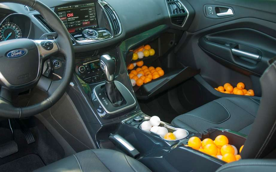 How Ford measurement space in the new Ford Escape? With ping-pong