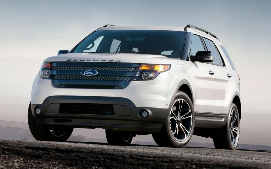 The Ford Taurus, Ford Explorer and the 2013 Lincoln MKS have achieved the best results of the NHTSA safety picture #2