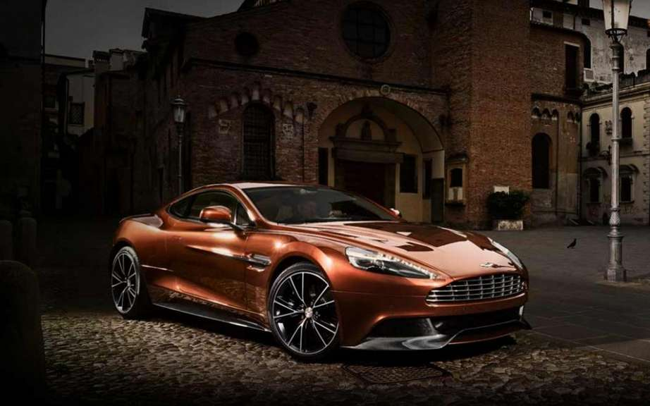 Aston Martin Vanquish: North American premiere in Pebble Beach