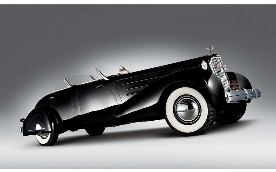 "Cadillac ""Fleetwood Convertible"" visiting a Pebble Beach picture #3"