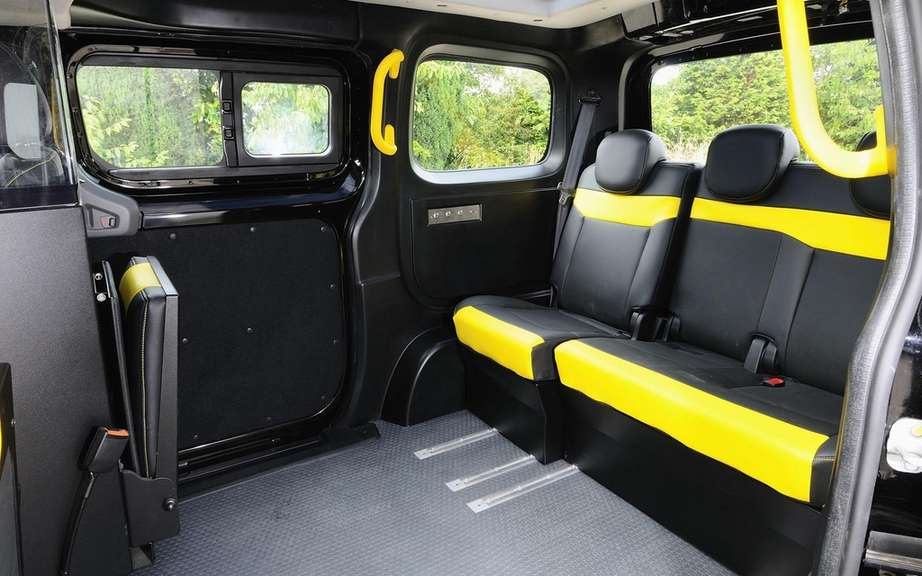 Nissan presents its London taxi picture #5