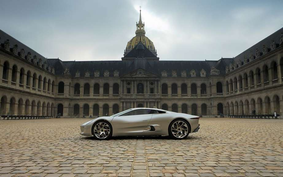 Jaguar C-X75: only 200 copies picture #2