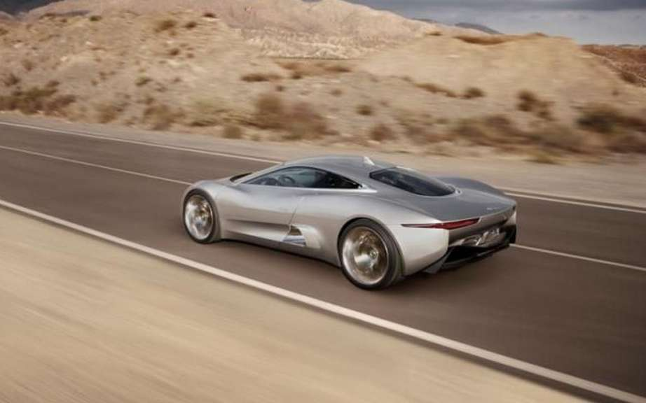 Jaguar C-X75: only 200 copies picture #4