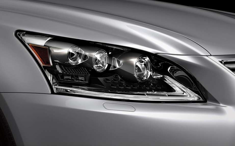 Lexus LS 2013: a more aggressive face picture #5
