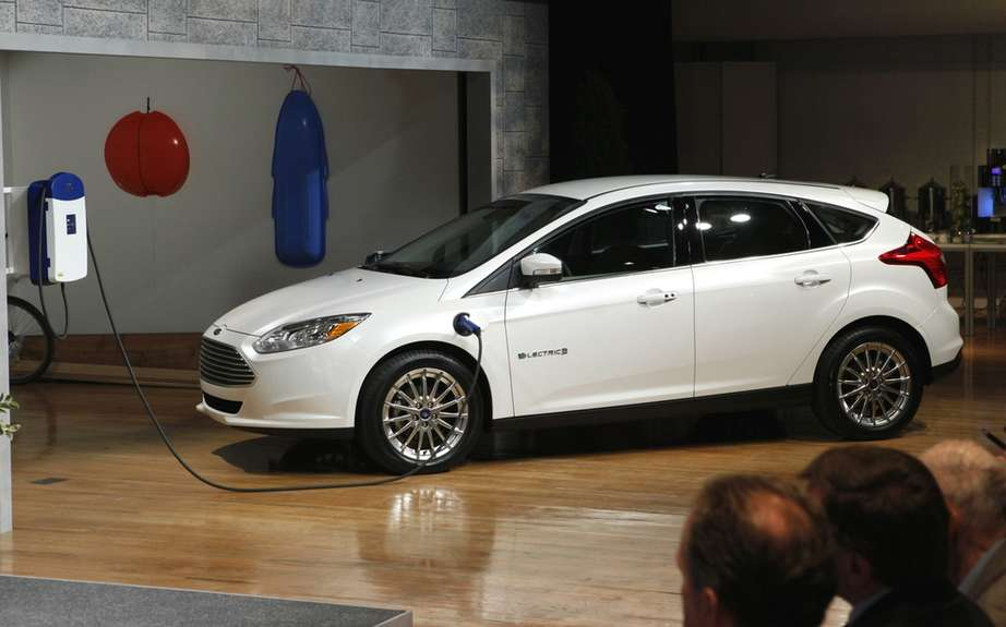 Ford presents its hybrid and electric models 2012/2013