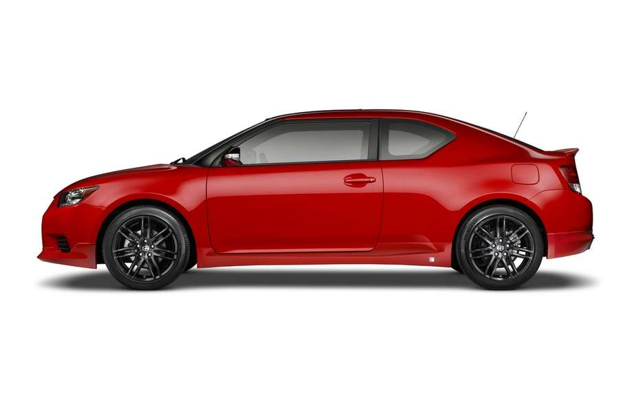 Scion tC Release Series 8.0: any red clothed picture #3