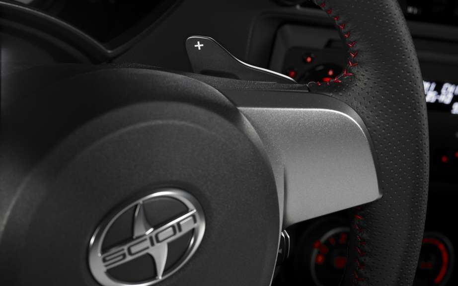 Scion tC Release Series 8.0: any red clothed picture #6