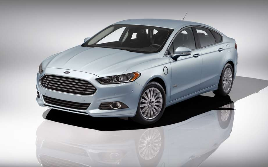 Ford presents its hybrid and electric models 2012/2013 picture #5