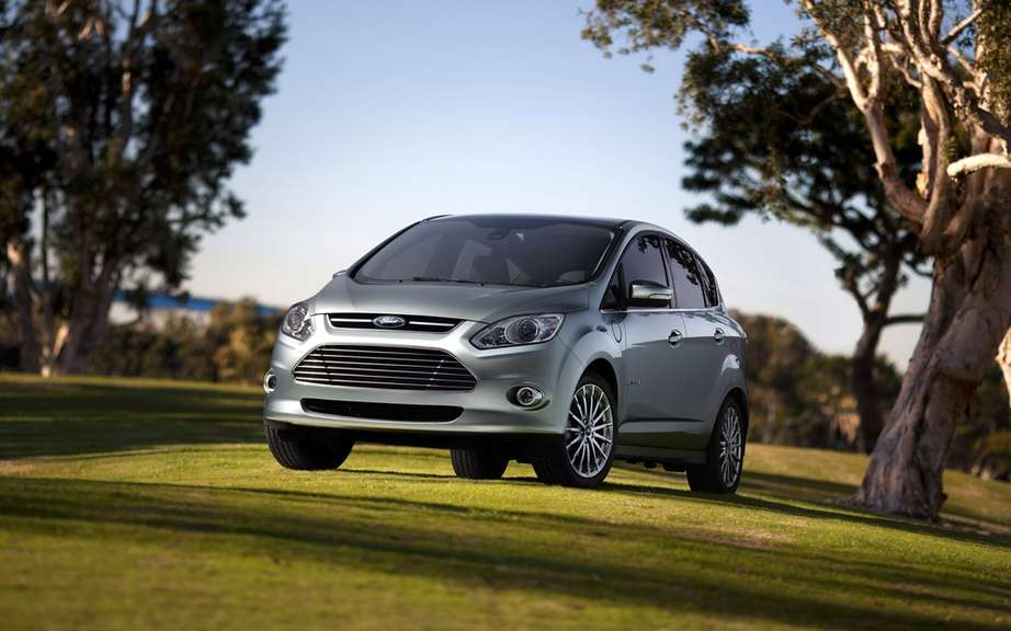 Ford presents its hybrid and electric models 2012/2013 picture #6