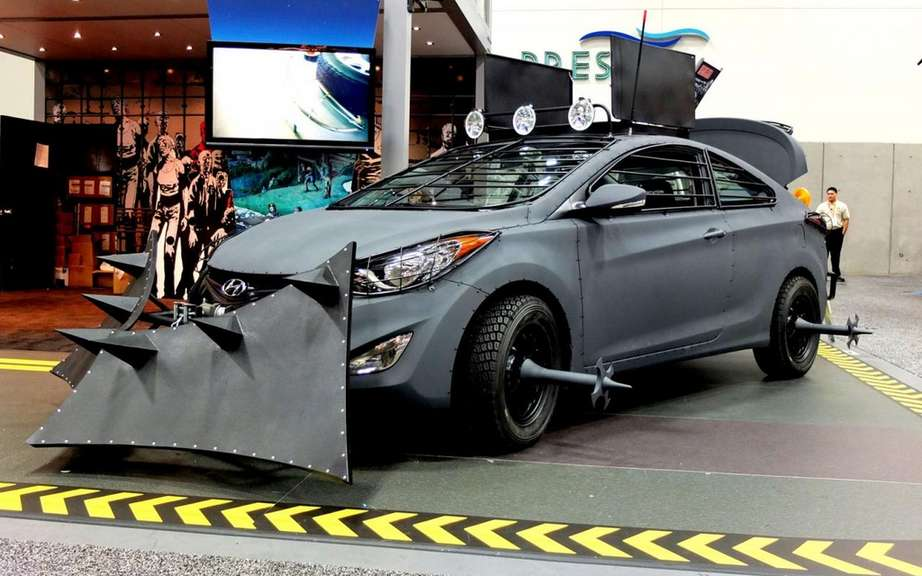 Hyundai unveiled its Elantra model Zombie Survival Machine Cup picture #5