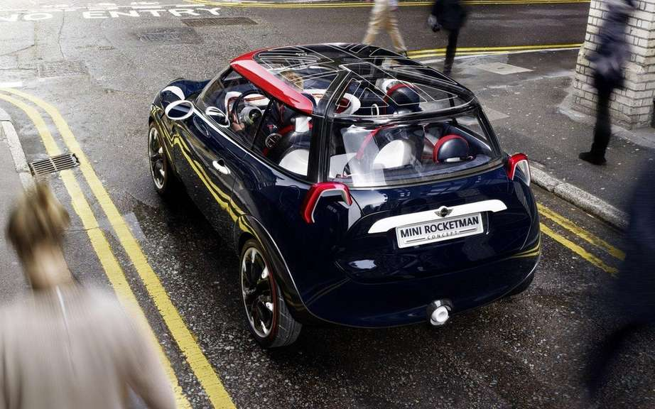 Mini Rocketman to greet the Olympic Games in London picture #3