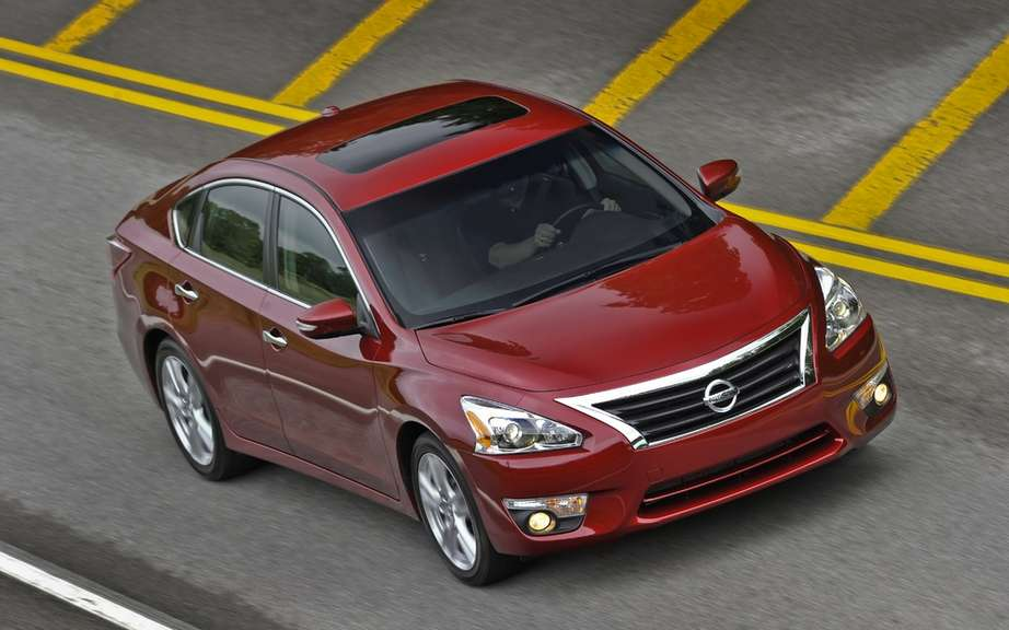 Nissan Canada announces lowest in its segment fuel for 2013 Altima