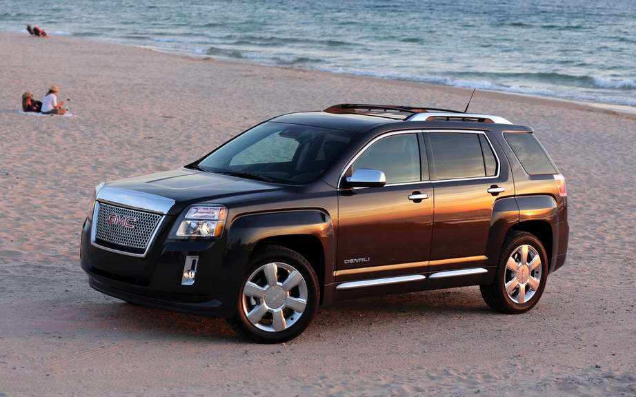 GMC Terrain Denali 2013 from $ 39,830
