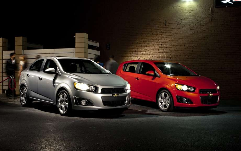 Chevrolet Cruze ECO and Sonic: ELECTED best family vehicles picture #2